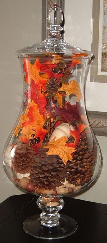 Pinhas no vaso pode ser uma ótima alternativa para decorar ambientes (Foto: Pinterest/Reprodução)