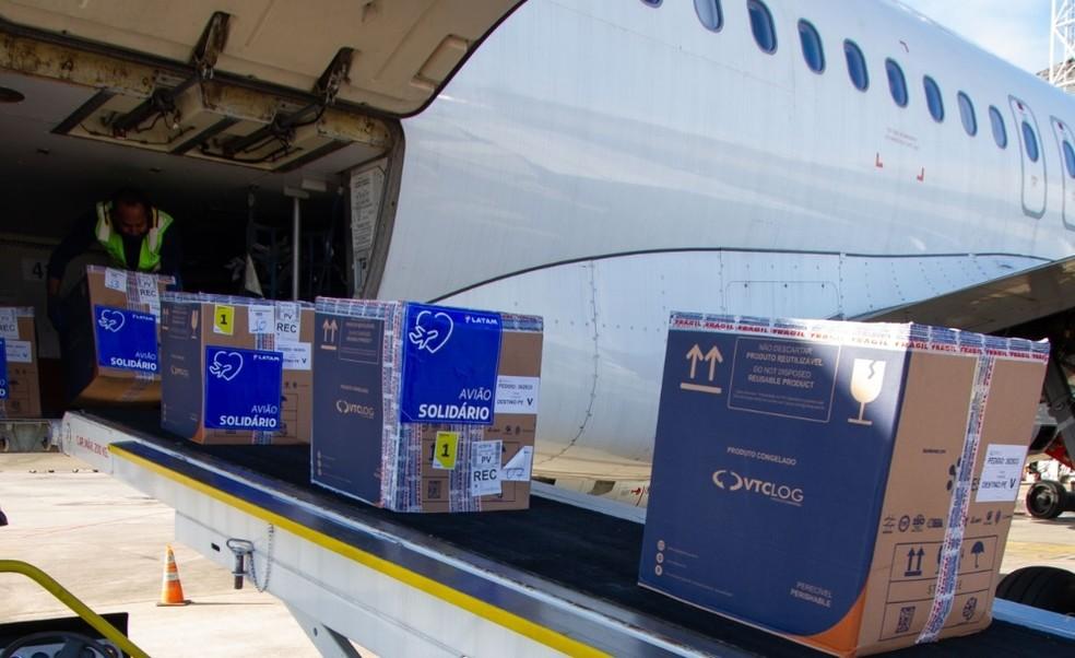 Novo lote da Pfizer chegou ao Recife, nesta segunda (16) — Foto: Governo de Pernambuco/Divulgação