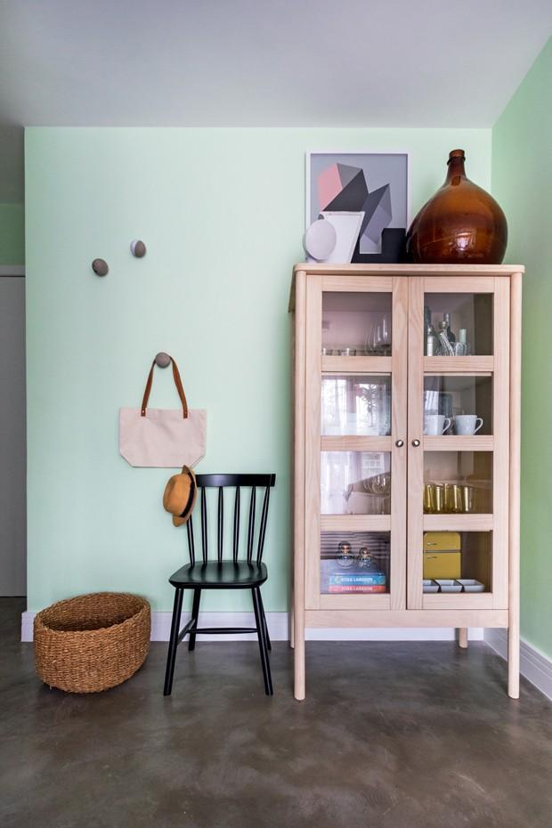 Décor do dia: verde menta na sala de jantar (Foto: Alexandre Disaro/GNT/Divulgação)
