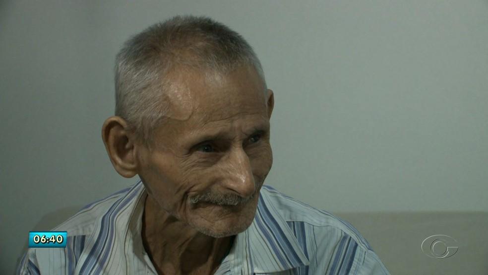 Adolfo Teixeira diz que ele e o irmão não se viam há 50 anos (Foto: Reprodução/TV Gazeta)