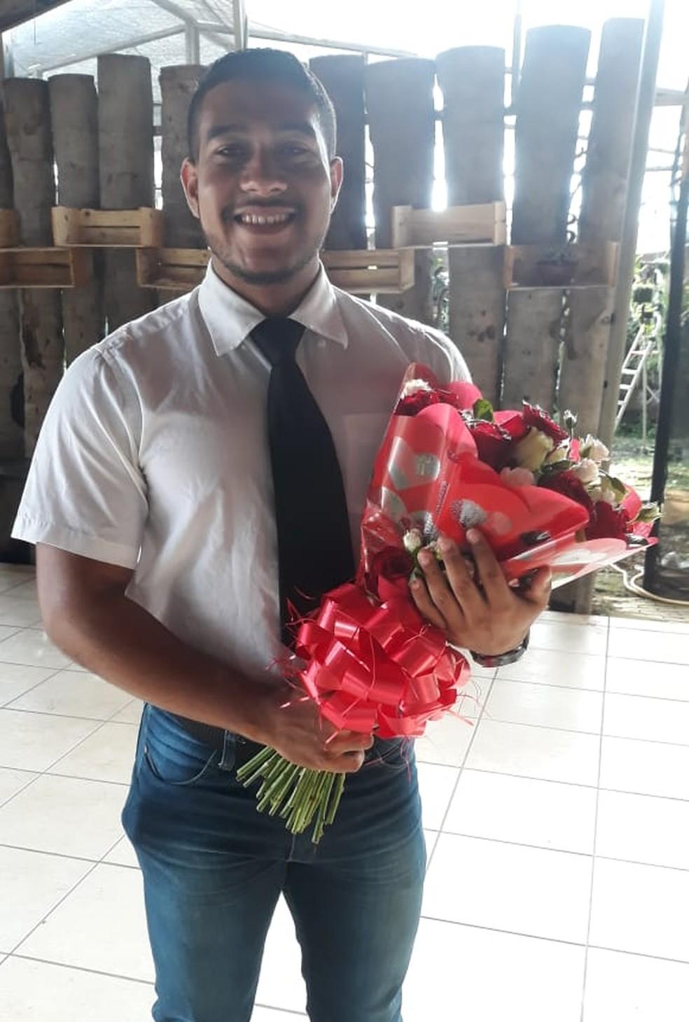 Walleci Soares preparou surpresa para jovem, mas teve pedido de casamento negado — Foto: Arquivo Pessoal