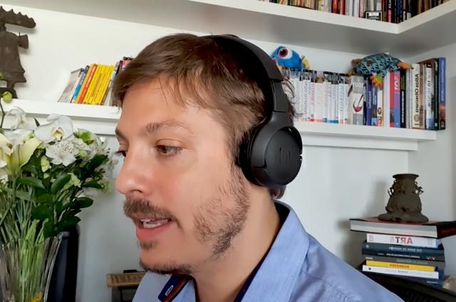 Fabio Porchat no vídeo 'Responsável', do Porta dos Fundos (Foto: Reprodução)