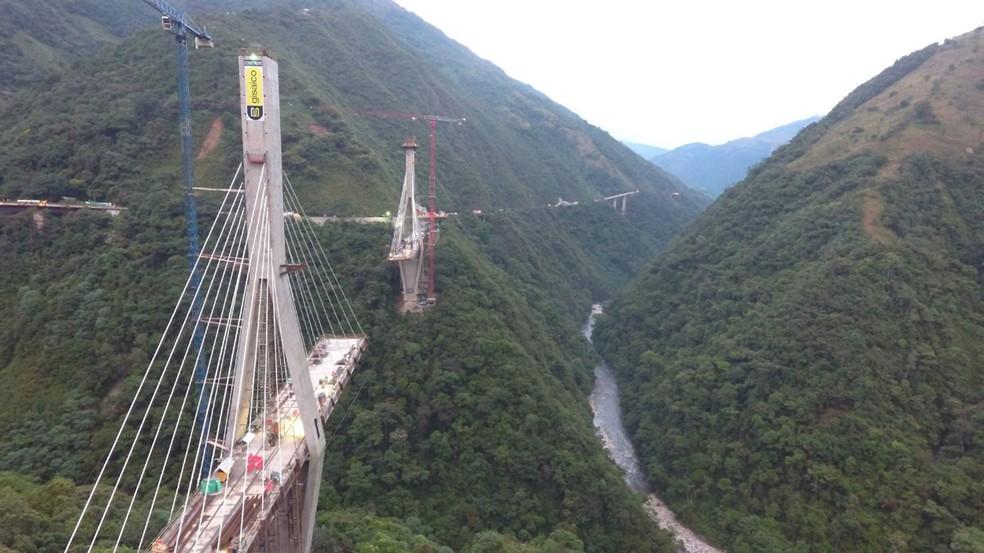 Foto da ponte publicada em dezembro, antes de ela cair (Foto: Reprodução/Facebook/Gisaico)