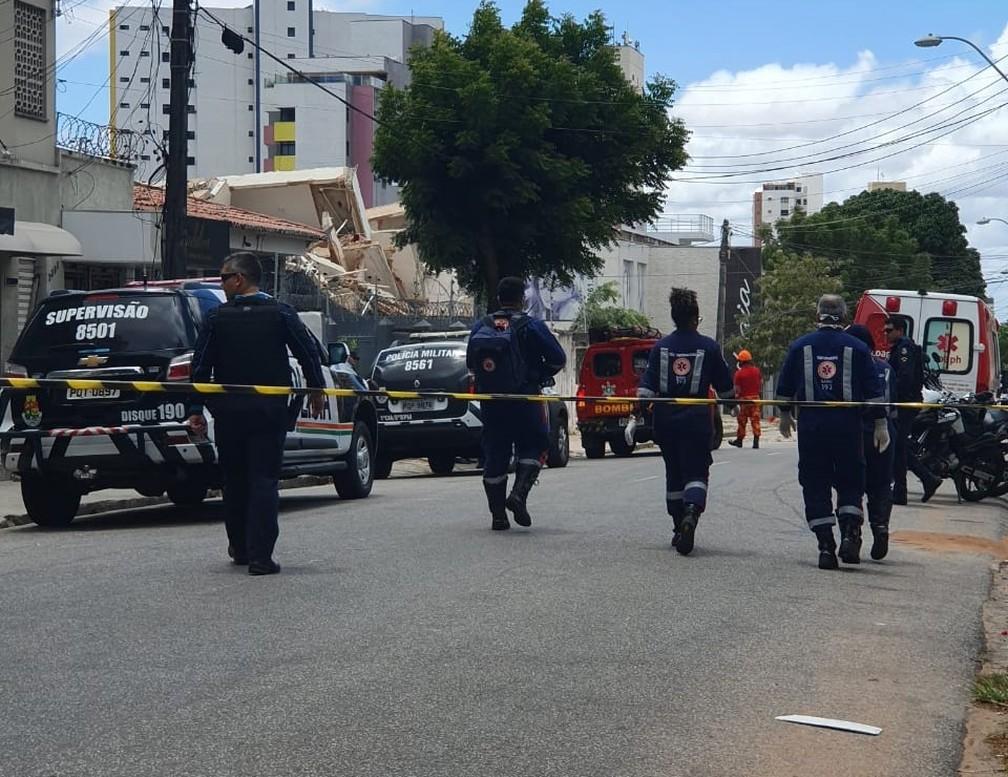 Ruas da região foram isoladas após prédio de sete andares desabar em Fortaleza — Foto: Arquivo pessoal