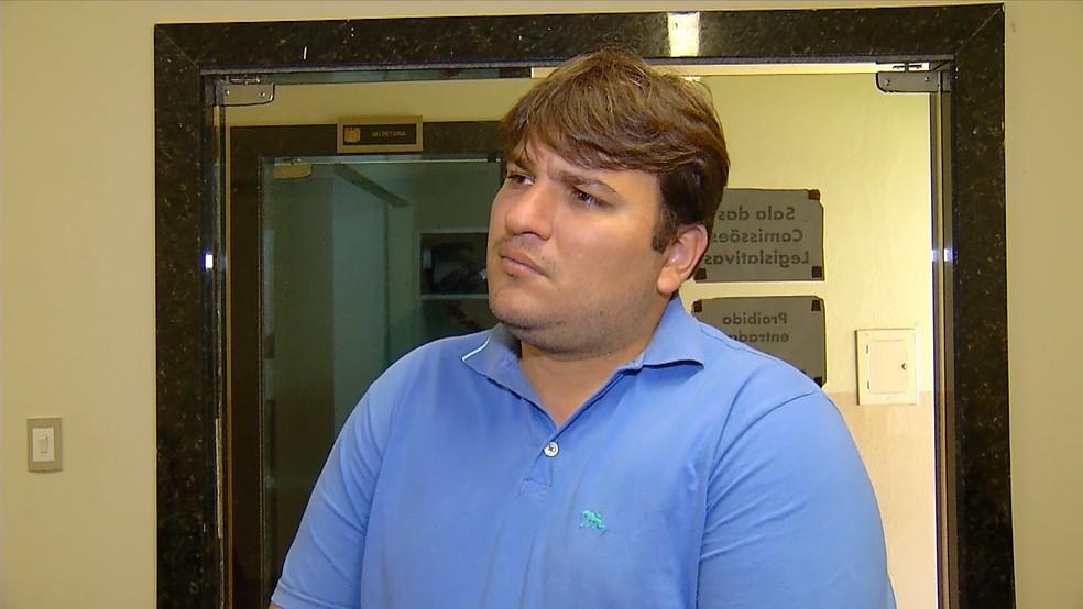 Vereador Stélio Márcio Leitão Júnior, de Assu, defende auxílio alimentação de R$ 1 mil (Foto: Inter TV Cabugi)