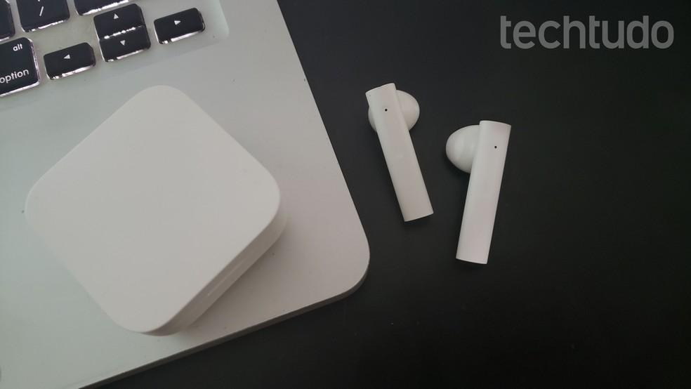 Mi True Wireless Earphones 2 Basic é o novo fone da Xiaomi no Brasil; veja o que achamos — Foto: Yuri Hildebrand/TechTudo
