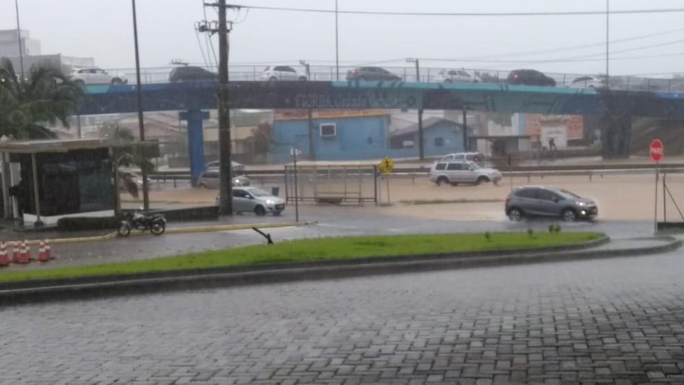 SC-401 em Florianópolis está alagada — Foto: Jéssika Coelho/Divulgação