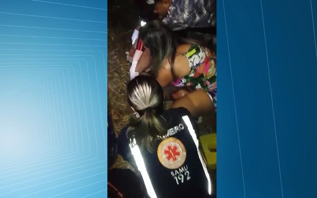 Carro atropela enfermeira do Samu durante atendimento em rodovia na PB