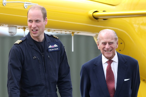 O príncipe William, duque de Cambridge, e o príncipe Philip, duque de Edimburgo (Foto: Getty Images)
