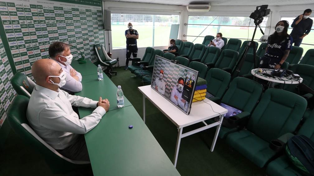 Entrevista coletiva de Maurício Galiotte e Anderson Barros, no Palmeiras — Foto: Cesar Greco / Ag. Palmeiras