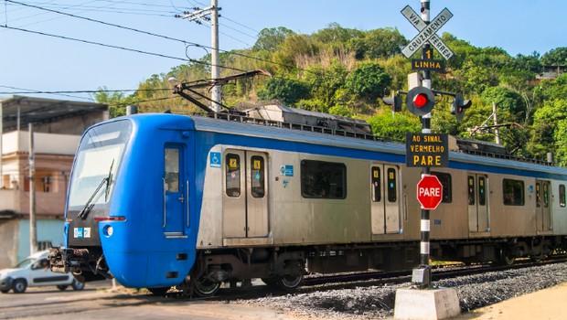 Trem da SuperVia no Rio de Janeiro (Foto: Reprodução/Facebook)