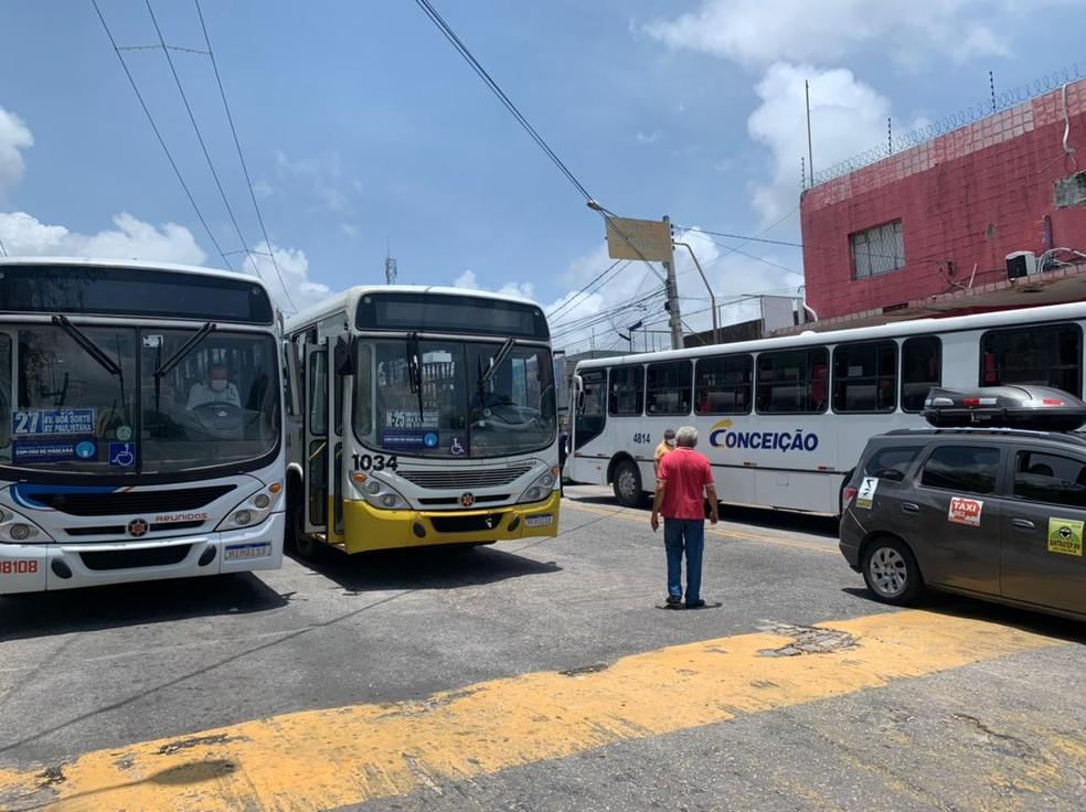 whatsapp-image-2021-03-05-at-11.21.18 Motoristas de ônibus voltam a paralisar serviço em segundo protesto do dia em Natal