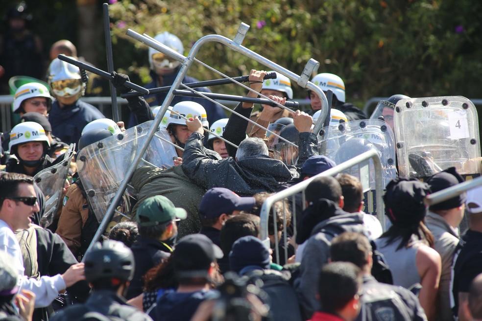 Votações do projetos do 'pacotaço' foram marcadas por confusões no 1º semestre de 2017 (Foto:  Giuliano Gomes/PR Press)