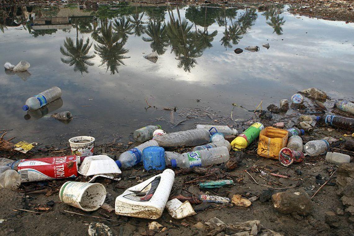 lixo, plástico (Foto: Martine Perret/ONU Meio Ambiente)