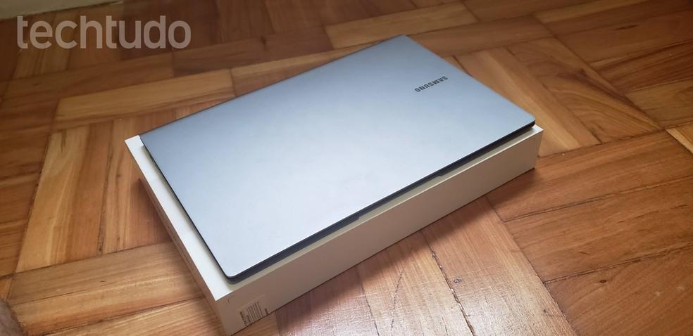 Modelo premium traz hardware que pende mais para intermediário; ainda assim, é mais barato que concorrente direto — Foto: Yuri Hildebrand/TechTudo