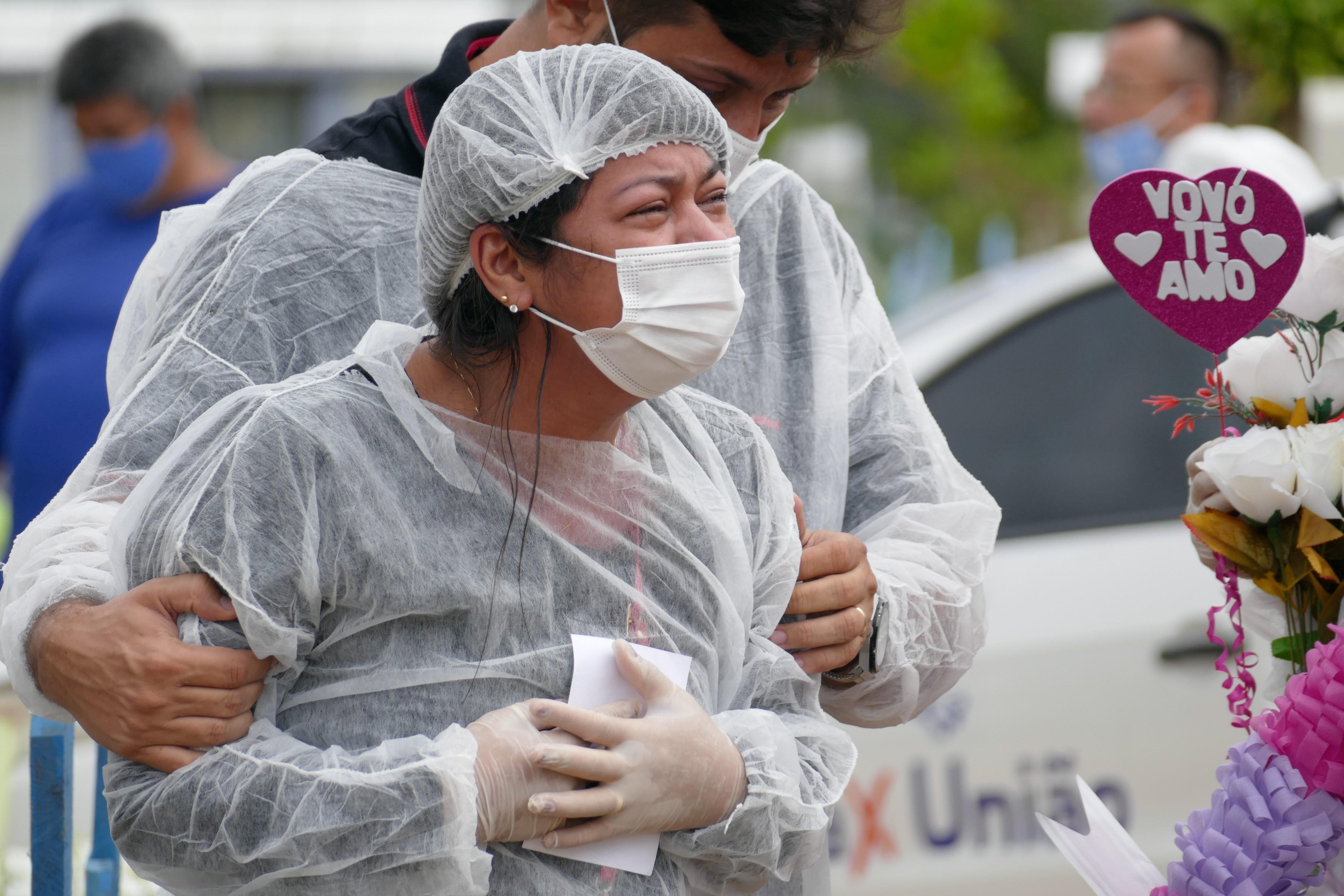 Três dias antes do colapso em Manaus, empresa pediu apoio logístico ao Ministério da Saúde para envio de oxigênio