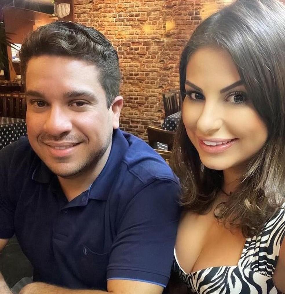 Lívvia e Rafael na última foto que ela postou junto com ele, no dia 4 de março. Depois dessa data, todas as fotos postadas mostram ela sozinha. — Foto: Reprodução / Instagram