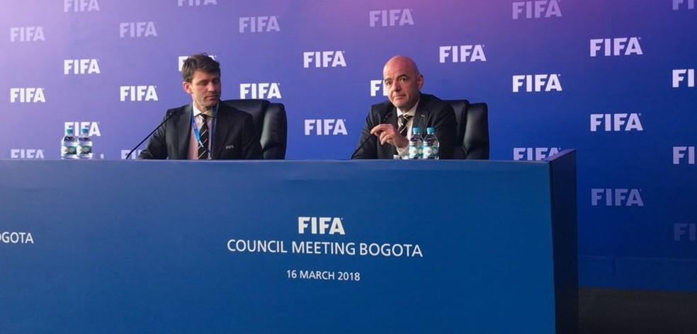 Infantino annonce l'utilisation de l'arbitre vidéo lors de la Coupe du Monde 2018 (Photo: Martín Fernández)