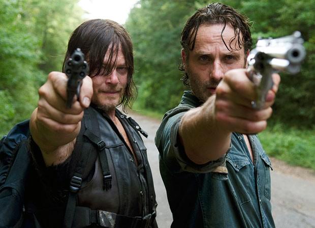 Norman Reedus (Daryl) e Andrew Lincoln (Rick) em The Walking Dead (Foto: Divulgação/AMC/Gene Page)