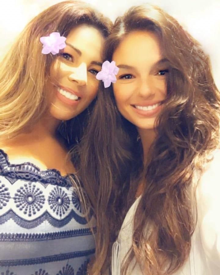 Rosa Maria e Isis Valverde (Foto: Reprodução / Instagram)