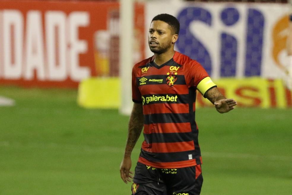 André, atacante do Sport, durante jogo da Série A — Foto: Marlon Costa/Pernambuco Press