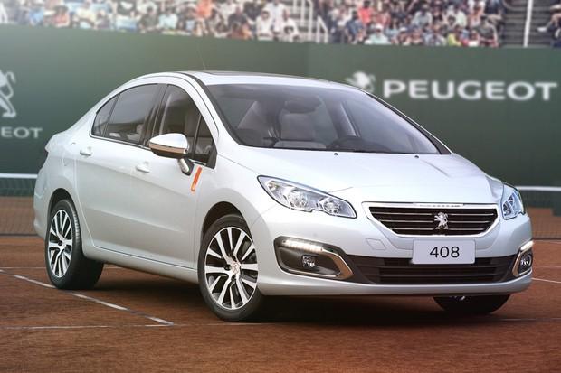 Peugeot 408 edição espeical Roland Garros (Foto: Divulgação)