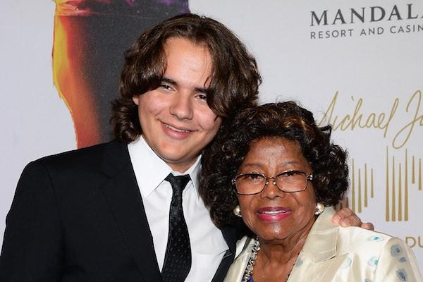 Katherine Jackson e o neto, Prince Jackson (Foto: Getty Images)