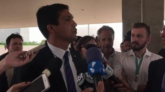 Cabo Daciolo decide não apoiar Bolsonaro nem Haddad no 2º turno: aliança 'é com Jesus'