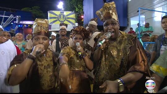 Sete escolas do Grupo Especial do Rio de Janeiro têm mulheres cantando; em duas elas são intérpretes principais