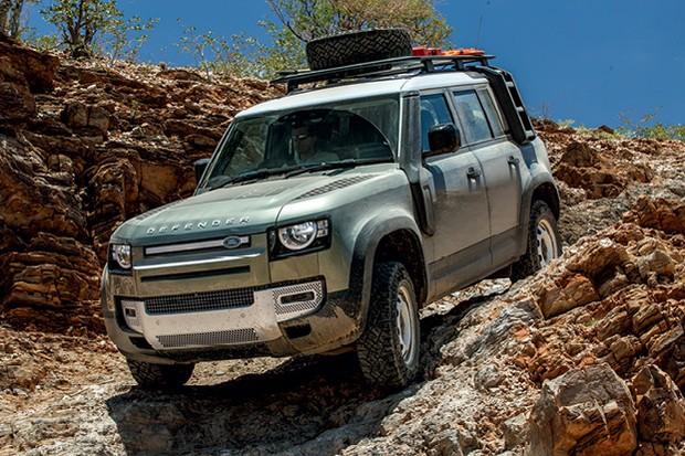 Land Rover Defender 110 P400 (Foto: Divulgação)
