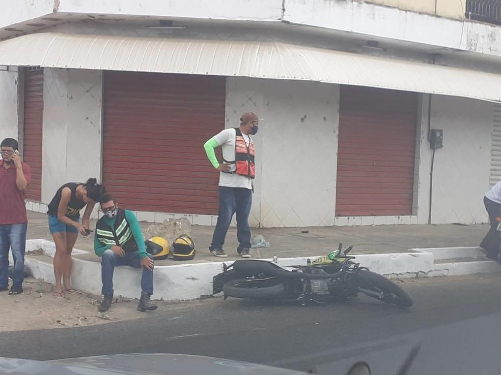 Boi é sacrificado pela PM após ferir motociclista em Parnaíba — Foto: Arquivo Pessoal / Luiz Gustavo