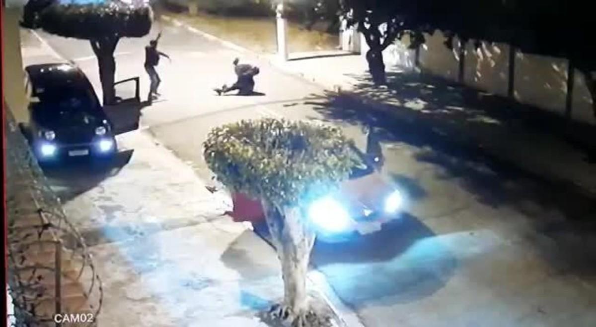 PM de folga é morto na frente da casa do sogro durante tentativa de assalto em Poá