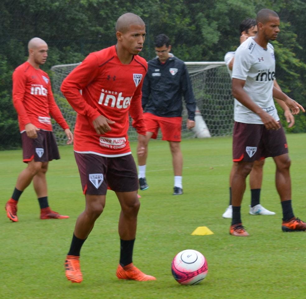 Marquinhos Cipriano voltou para a base do São Paulo (Foto: Érico Leonan/saopaulofc.net)
