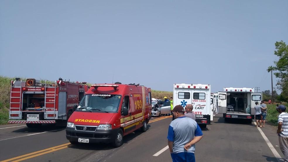 Acidente aconteceu na manhã desta terça-feira (24) no quilômetro 483 da rodovia Raposo Tavares — Foto: Arquivo pessoal/Pascoal Santos