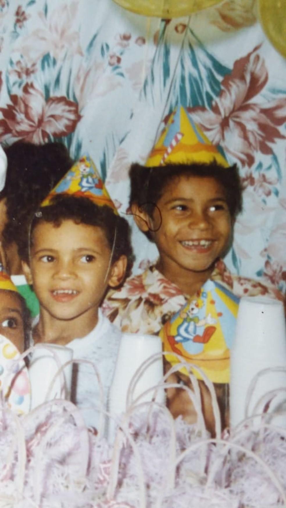Família enviou fotos de Carlos ainda criança na Paraíba — Foto: Arquivo Pessoal