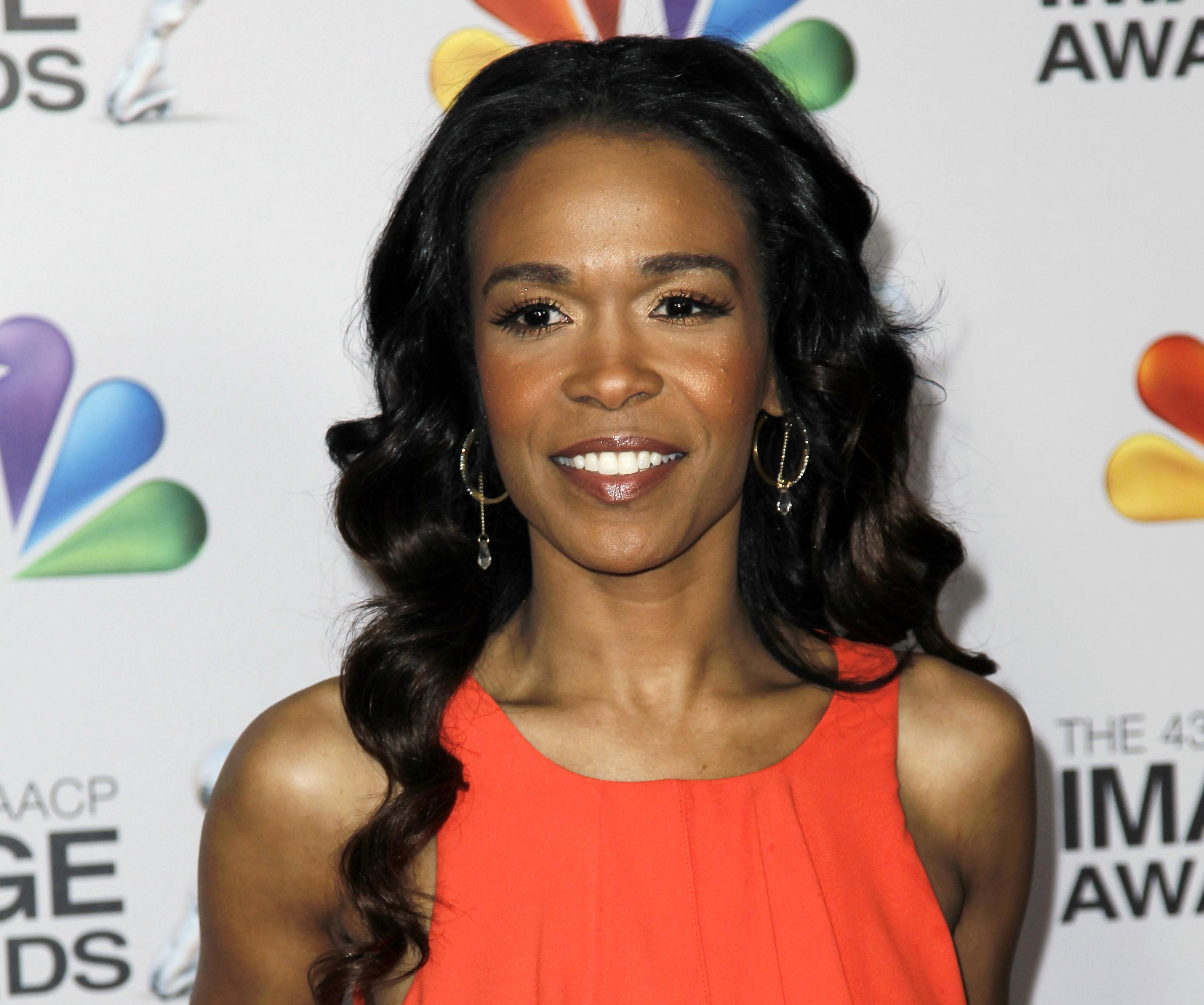 Michelle Williams, ex-Destiny's Child, se interna em clínica para tratar depressão, diz site