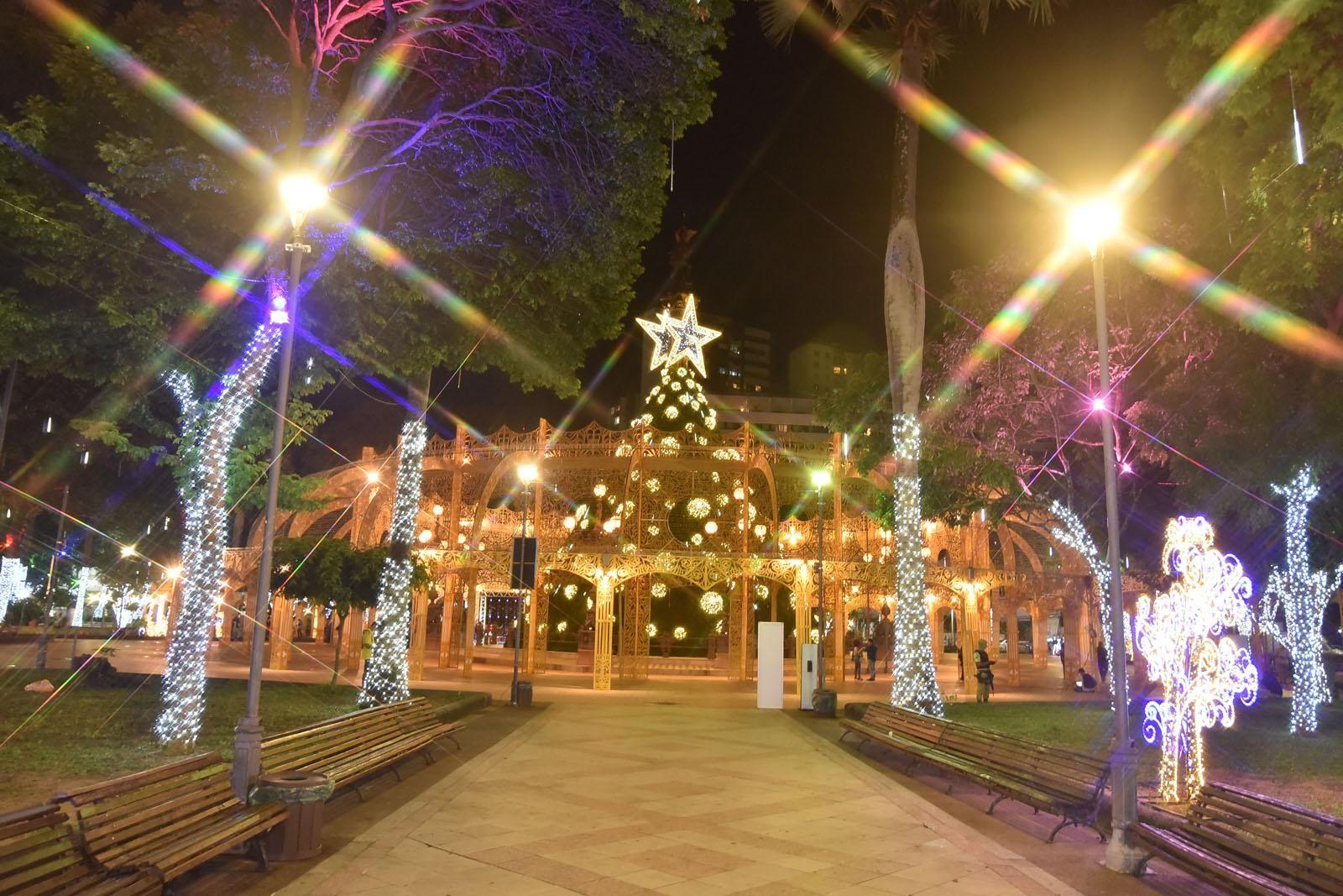 Em menos de 24 horas, mais de 35 mil pessoas agendam visita na decoração de natal no Campo Grande, em Salvador