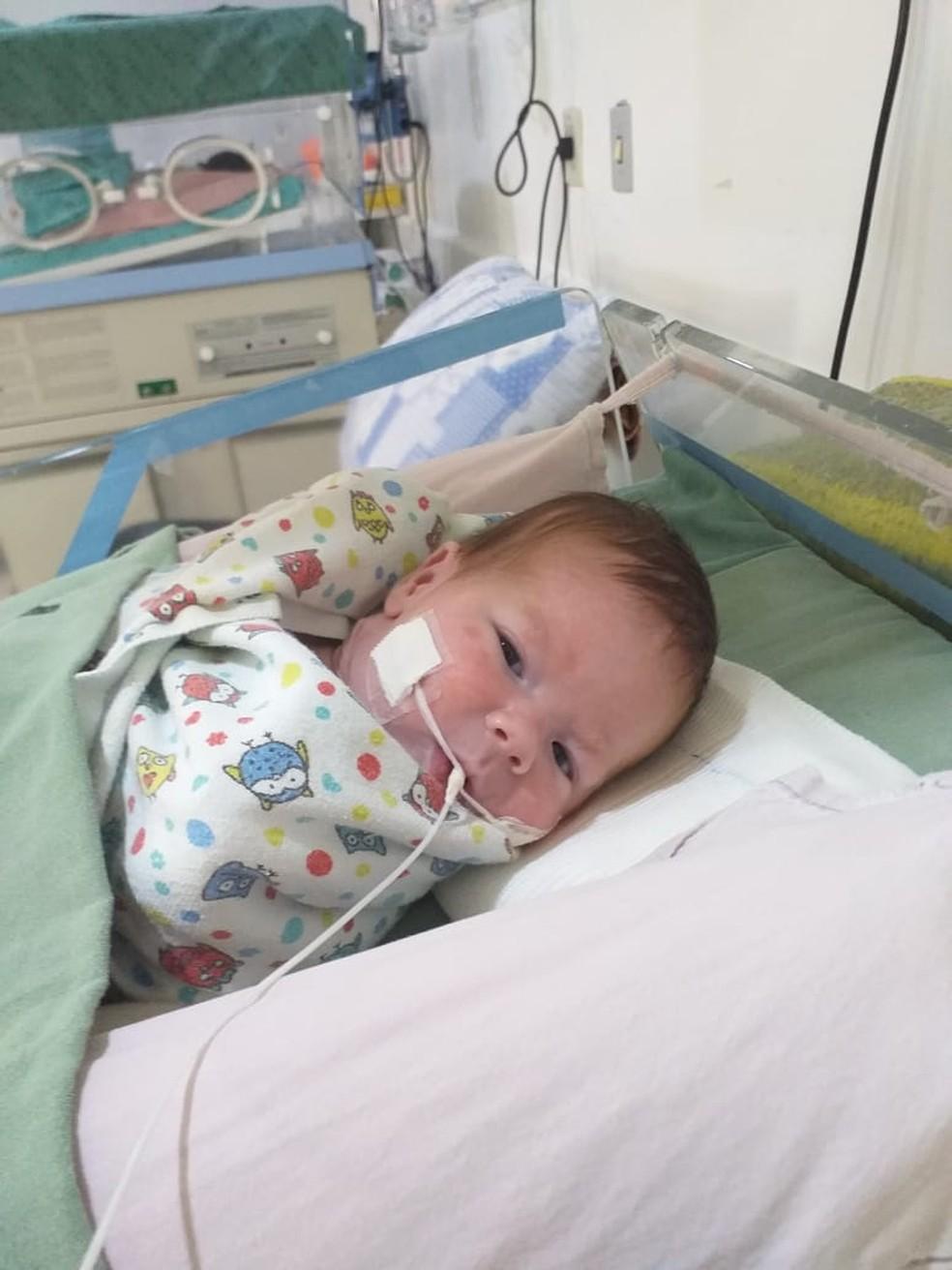 Criança foi levada para unidade intermediária do hospital nessa quinta-feira (9) — Foto: HRMS/Divulgação