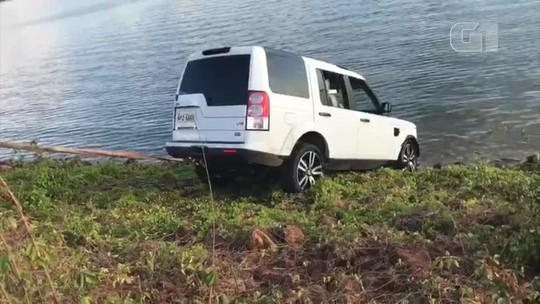 Carro fica submerso na Barragem do Bezerro e caso é investigado pela polícia