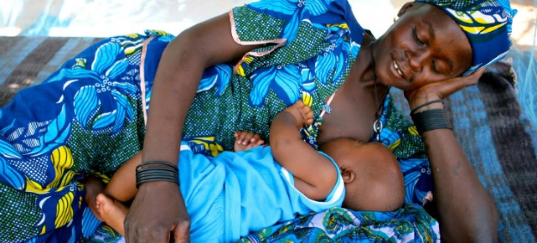 Entre os países de Língua Portuguesa, menor índice de bebês que recebem leite materno é de Angola, com 94,9%.
