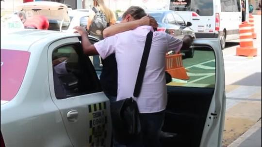 Após queda na Copa do Brasil, dirigente chora ao anunciar demissão de Waldemar