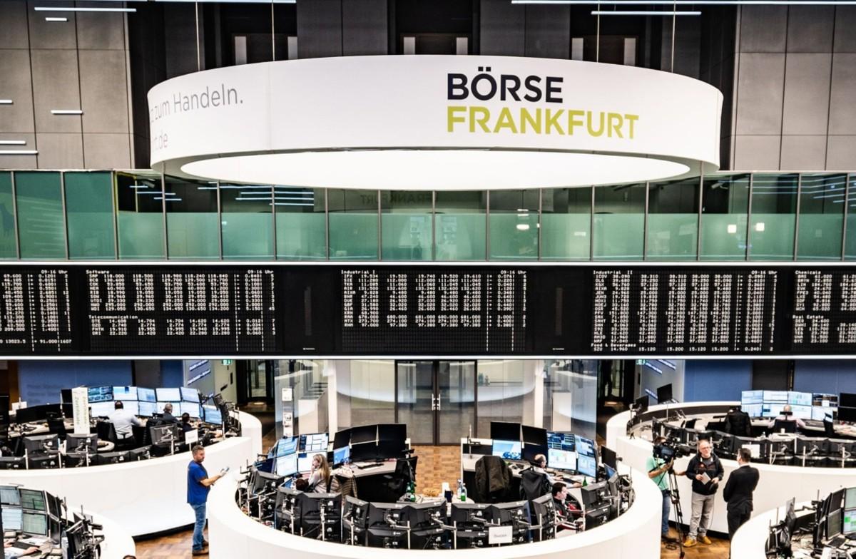 Bolsas da Europa avançam ante menor preocupação com China e à espera de decisão do Fed