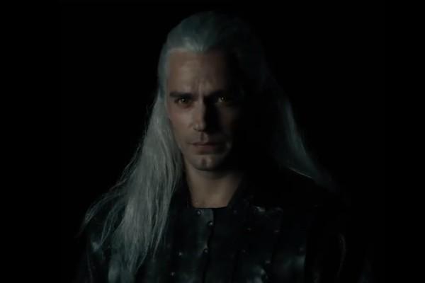 Henry Cavill como Geralt de Rivia em The Witcher (Foto: Reprodução Twitter)