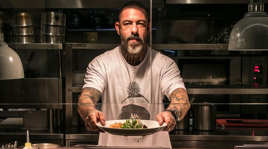 Henrique Fogaça, chef e empresário por trás dos restaurantes Sal Gastronomia e Cão Véio (Foto: Divulgação)