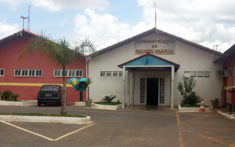 Sede da Administração Regional de Santa Maria — Foto: Raquel Morais/G1