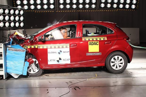 Crash test do Chevrolet Onix realizado pelo Latin NCAP em 2018 (Foto: Latin NCAP)