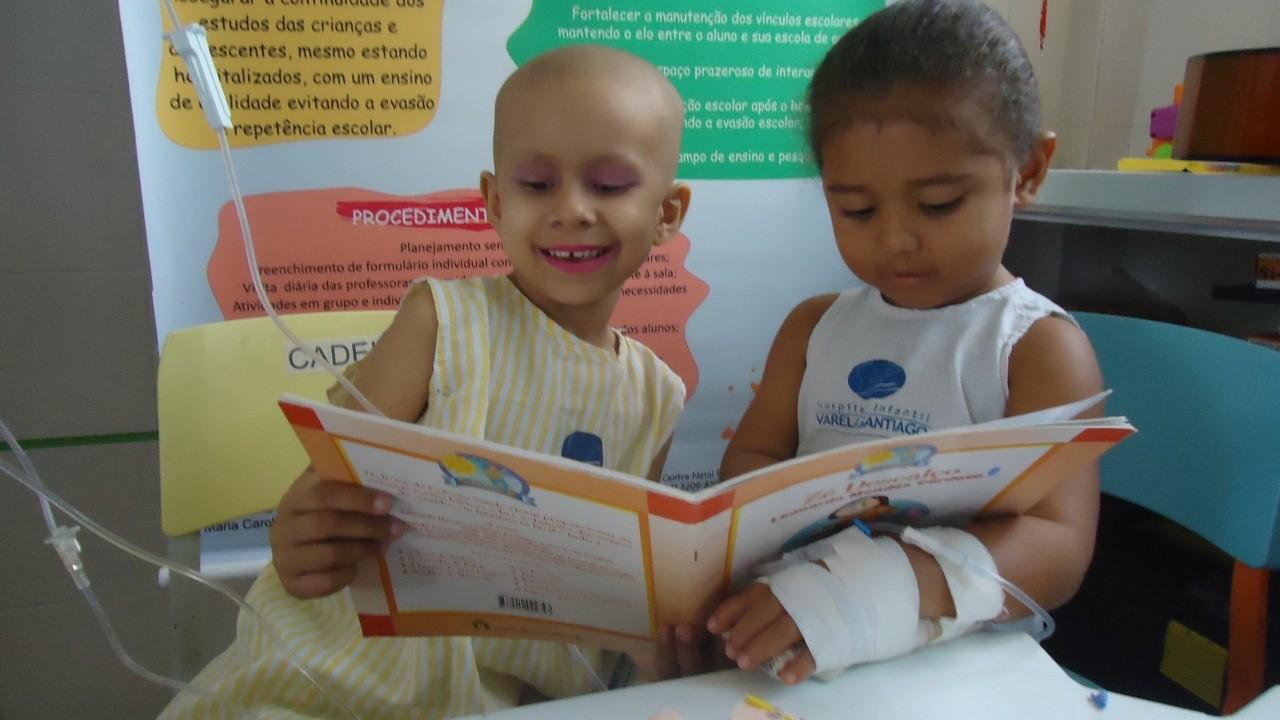 Crianças internadas em hospital infantil lançam livro em Natal - Notícias - Plantão Diário