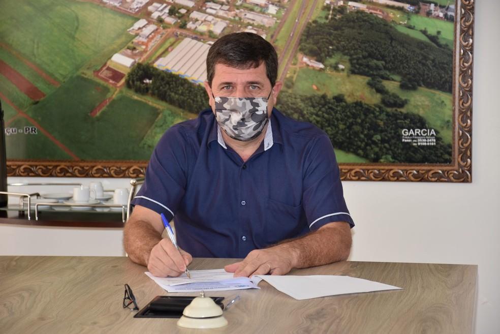 Claudio Dutra (DEM) renunciou ao cargo de prefeito de São Miguel do Iguaçu — Foto: Divulgação/Prefeitura de São Miguel do Iguaçu