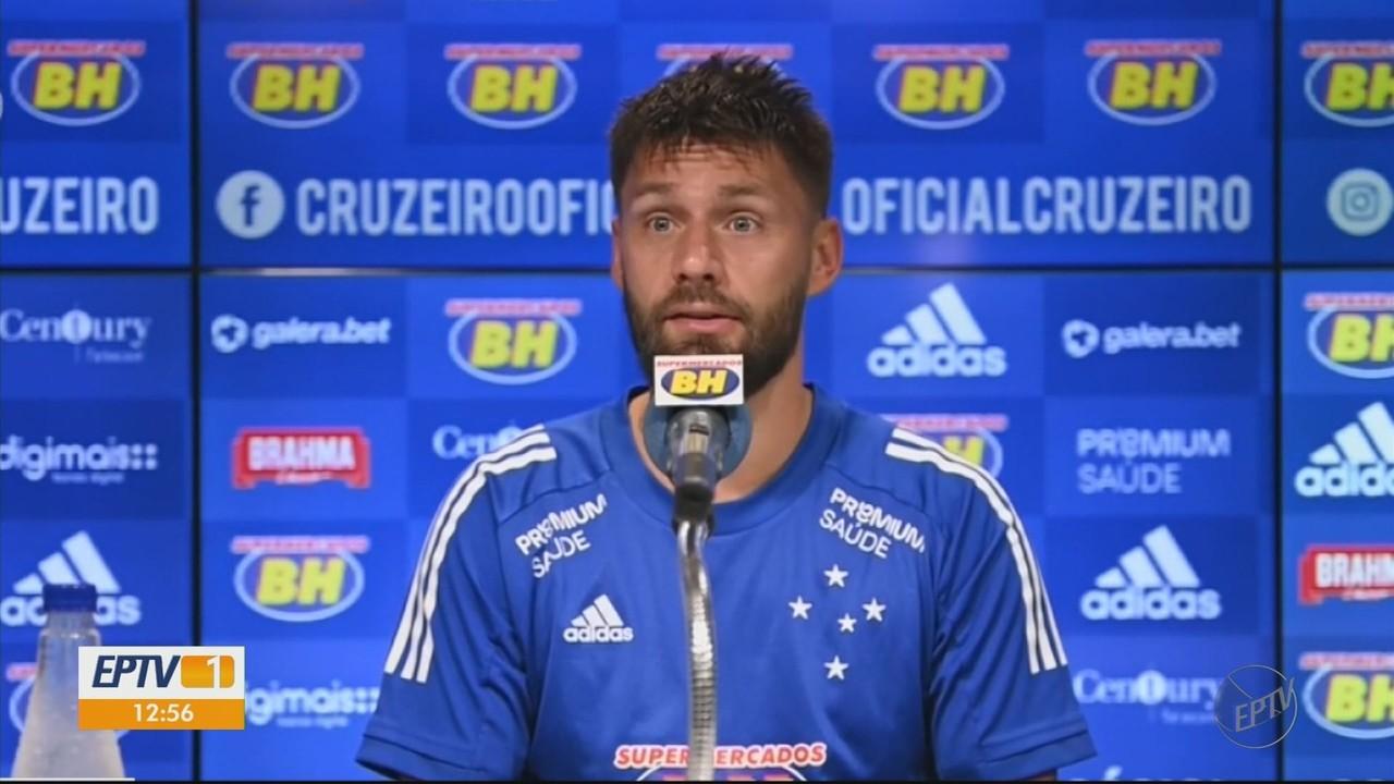 No Cruzeiro, estilo de trabalho de Felipe Conceição impressiona Rafael Sóbis