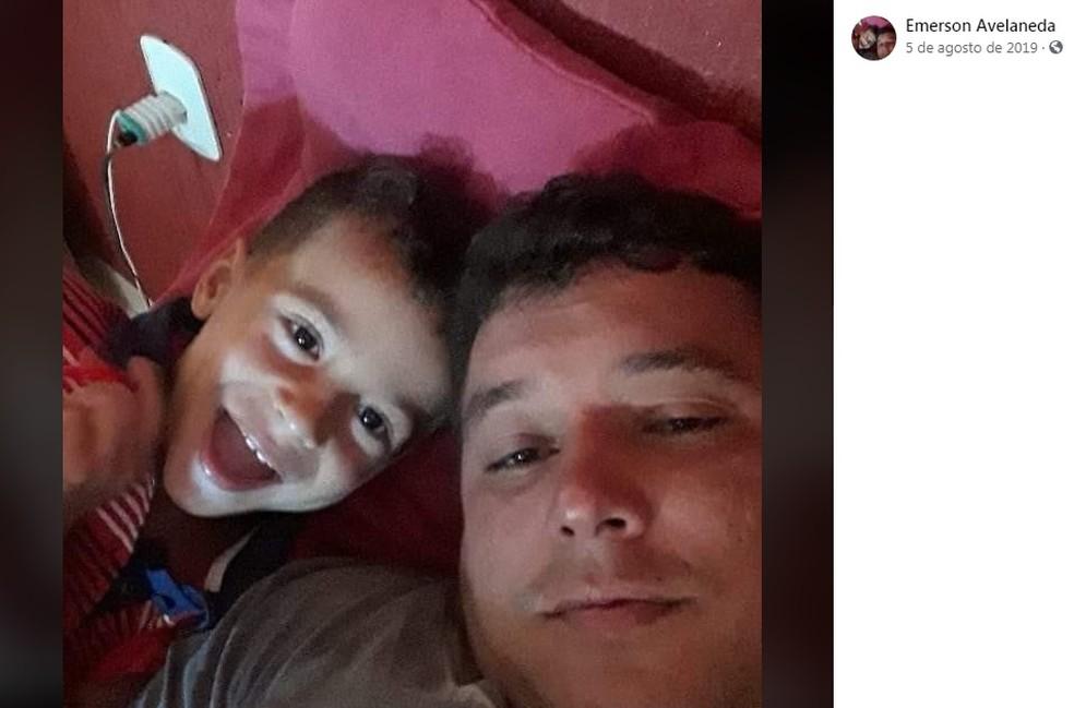 Pai e filho morrem em acidente com três caminhões na Rodovia Castello Branco, em Avaré — Foto: Facebook/Reprodução